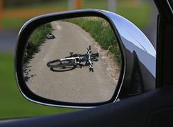 В ДТП в Выборгском районе серьезно пострадал велосипедист
