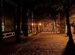 В Петербурге ведутся работы по восстановлению уличного освещения