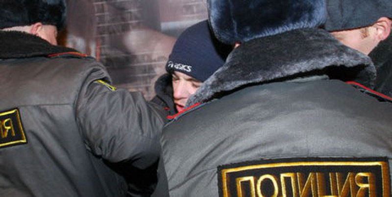 Петербургские полицейские в Приморском районе задержали наркоторговца