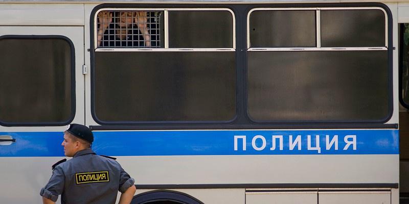 На проспекте Наставников полицейский автомобиль попал в ДТП