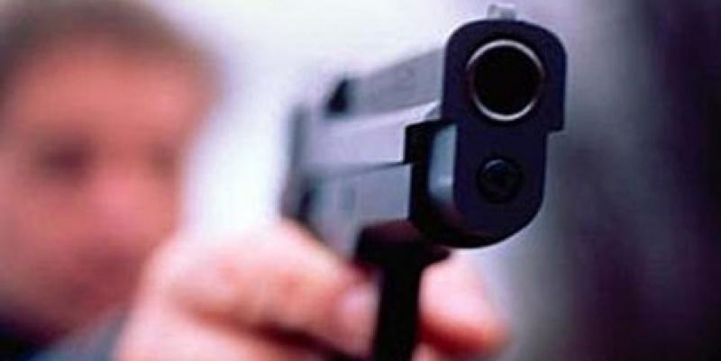 В Ленобласти полицейские со стрельбой задерживали угнанный автовоз
