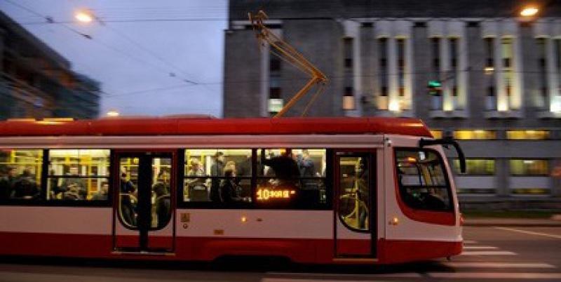Трамвайное движение по Володарскому мосту будет восстановлено с 17 января