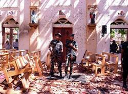 Картина дня: взрывы на на Шри-Ланке и новый президент Украины