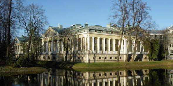 Губернатор отдаст резиденцию в Каменноостровском дворце детям