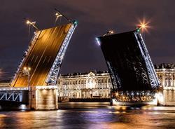 В ночь на 17 апреля в Петербурге разведут сразу четыре моста