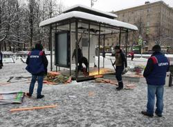 На юге Петербурга приостановили снос газетных ларьков для проверки законности демонтажных работ