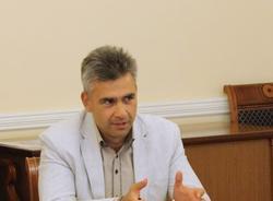 Картина дня: новый глава петербургского комитета по печати и похороны Началовой
