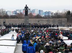 Картина дня: празднование полного снятия блокады Ленинграда и смерть протоиерея Всеволода Чаплина
