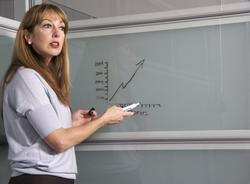 110 тысяч петербургских педагогов получили единовременные выплаты