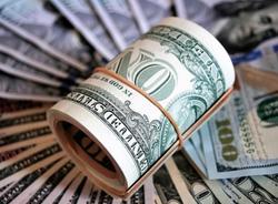 Курс доллара впервые за два года поднялся выше 67 рублей