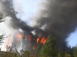 Картина дня: крупный пожар в Невском районе, беспилотные трамваи и новые памятники