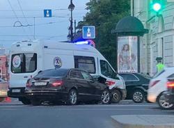 Картина дня: авария на Невском проспекте и уголовное дело из-за анонса телемоста Украины и России