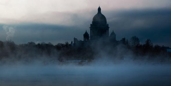 В Петербурге -14, снег