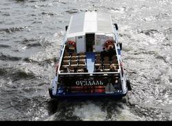 Ребенок упал в Крюков канал во время речной прогулки в Петербурге