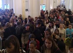 Картина дня: эвакуация Эрмитажа, легализация граффити в Петербурге и отказ Резнику в иске к Беглову