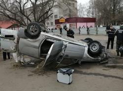 Картина дня: падение автомобиля в яму с кипятком и убийство барана
