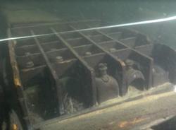 На затонувшем в Финском заливе корабле XVIII века нашли сотни бутылок джина