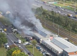 Картина дня: два крупных пожара в Петербурге и разводка Гренадерского моста в ночь на 16 августа
