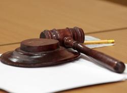 Бывшего полковника ФСБ Сергея Радзывилюка обвиняют в незаконном обналичивании и выводе 10 млрд рублей