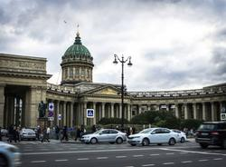 Суд оставил на свободе виновника аварии на Невском