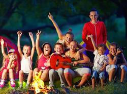 УФАС заподозрило Смольный в ограничении конкуренции в сфере организации детского отдыха