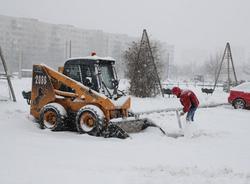 Картина дня: увольнение главы Фрунзенского района из-за уборки снега и подсветка Дворцового моста
