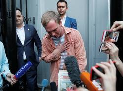 Картина дня: задержание пятерых экс-полицейских по делу Голунова и аномально тёплый февраль в Петербурге