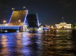К ЕВРО-2020 подсветят Дворцовый мост